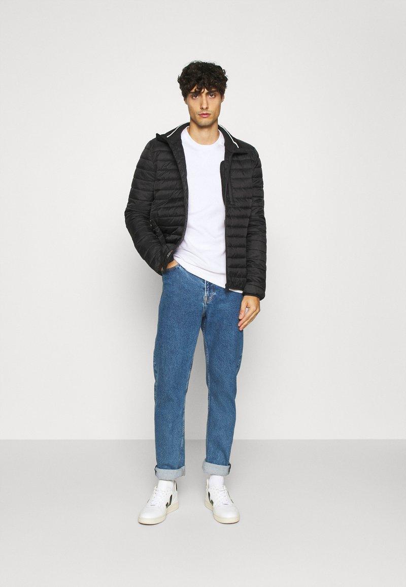 Pier One - 2 PACK - Sweatshirt - white/black