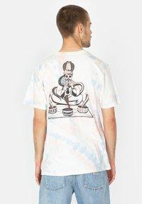 Roark - Print T-shirt - grey blue - 1