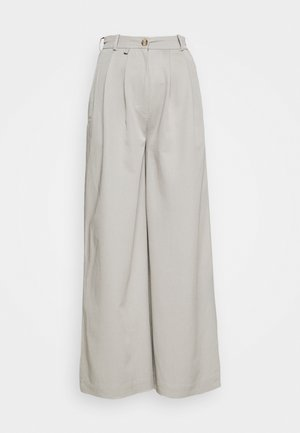ANGELLA WIDE TROUSER - Trousers - grey