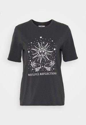 ONLSPIRIT LUCY BOXY TEE - T-shirt print - phantom/garden of mystic