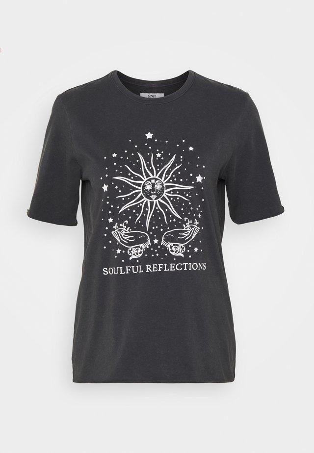 ONLSPIRIT LUCY BOXY TEE - Print T-shirt - phantom/garden of mystic