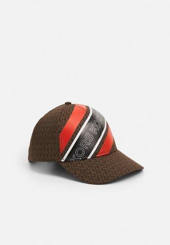 Cap - chocolate