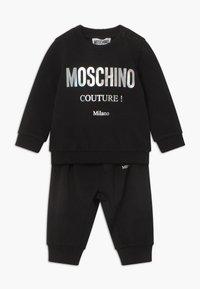 MOSCHINO - TRACKSUIT SET - Sweatshirt - black - 0