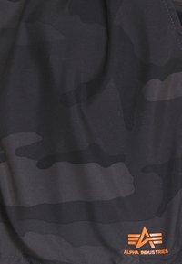 Alpha Industries - BASIC SWIM - Swimming shorts - black - 2