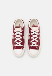 Converse - STAR PLAYER UNISEX - Trainers - red - 3