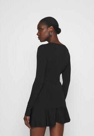 JOLIE VNECK - Long sleeved top - black