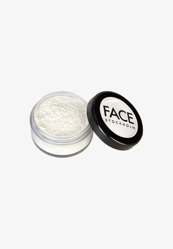 MATTE FINISHING POWDER