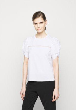 PUFFY SLEEVE EMBROIDERY - Basic T-shirt - white