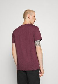 Burton Menswear London - 7 PACK - T-Shirt basic - burgundy - 2
