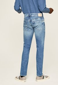 Pepe Jeans - HATCH - Straight leg jeans - blue denim - 2