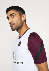 Nike Performance - PARIS ST GERMAIN  - Article de supporter - white/bordeaux/black/truly gold - 3