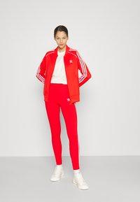 adidas Originals - TRACKTOP - Giubbotto Bomber - red - 4