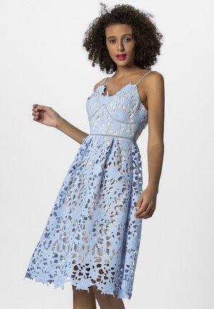 Sukienka koktajlowa - light blue