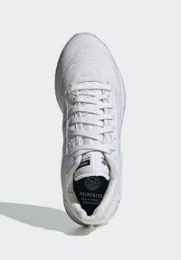 adidas Originals - GEODIVER - Sneakers basse - footwear white/core black - 1