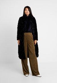Vero Moda - Classic coat - black - 0