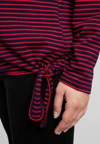 ohma! - NURSING STRIPES - Langærmede T-shirts - red/navy - 4