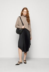 Club Monaco - EMMA  - Jumper - chestnut - 1