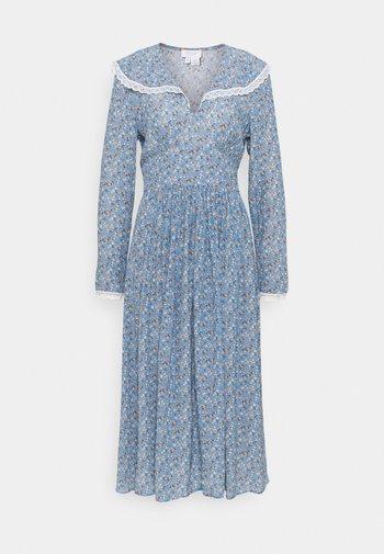 FABLE DRESS - Vestito lungo - ice blue