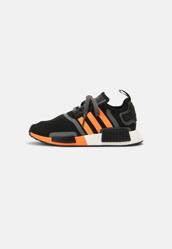 NMD_R1 BOOST SHOES - Trainers - core black/screaming orange/grey five