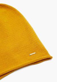 s.Oliver - Beanie - yellow - 4