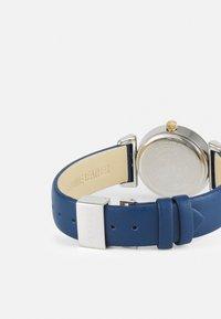 Versace Watches - MINI VANITY - Klokke - blue - 1