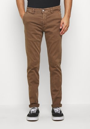 ZEUMAR HYPERFLEX  - Slim fit jeans - cigar