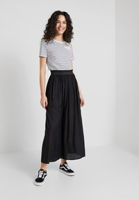 ONLY - ONLVENEDIG  - Maxi skirt - black - 1