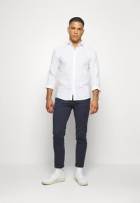 Cinque - CIBRODY TROUSER - Trousers - navy - 1