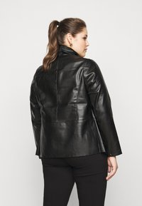 Dorothy Perkins Curve - WATERFALL JACKET - Faux leather jacket - black - 2