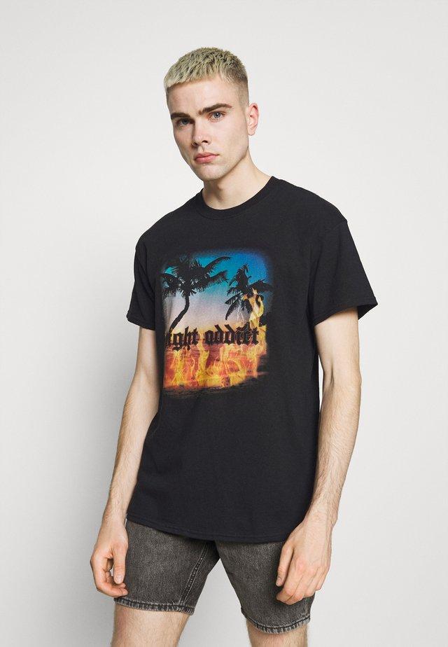 SUNSET - T-shirt con stampa - black