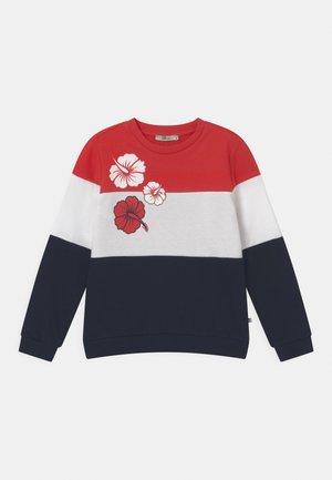 NAFETA - Sweatshirts - racing red/white/navy block