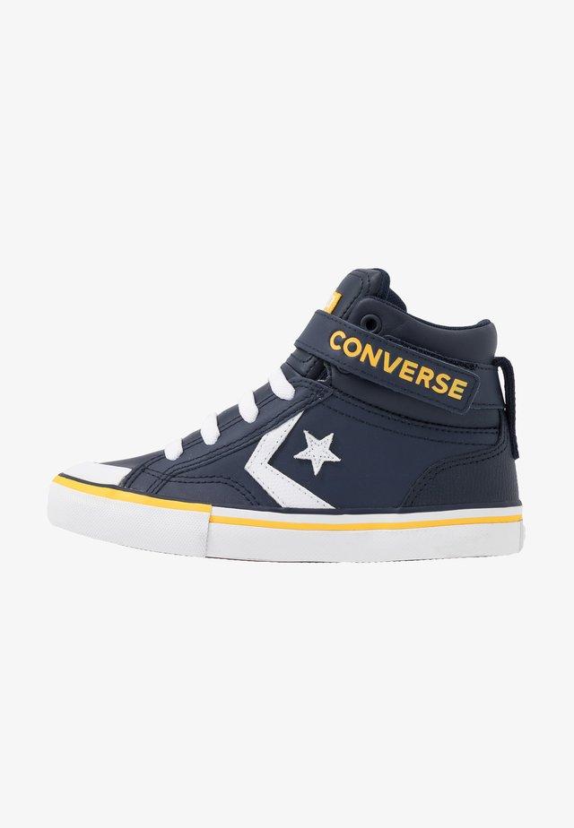 PRO BLAZE STRAP VARSITY - Sneakers alte - obsidian/amarillo/white