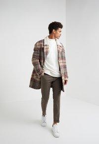 DRYKORN - BENJEN - Sweatshirt - white - 1