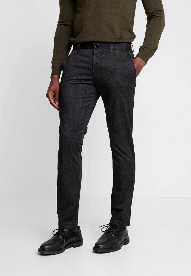 PRISTU - Pantalon classique - black