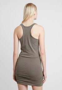 AllSaints - TOBY DRESS - Etuikleid - khaki green - 2