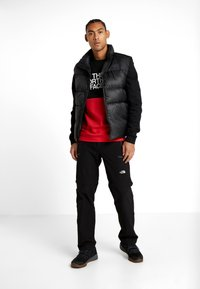 The North Face - CANYONWALL CREW - Sweatshirt - black/red - 1