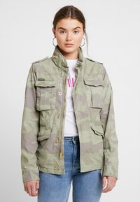 Superdry - DELTA SOFT CAMO ROOKIE - Summer jacket - khaki - 0