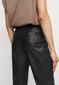 Pinko - TORRONE PANTALONE  - Trousers - black - 3