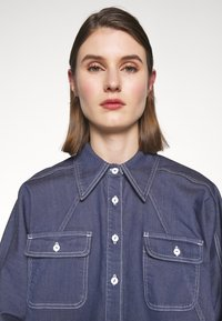 BLANCHE - ALINA EXCLUSIVE - Button-down blouse - mid blue - 4