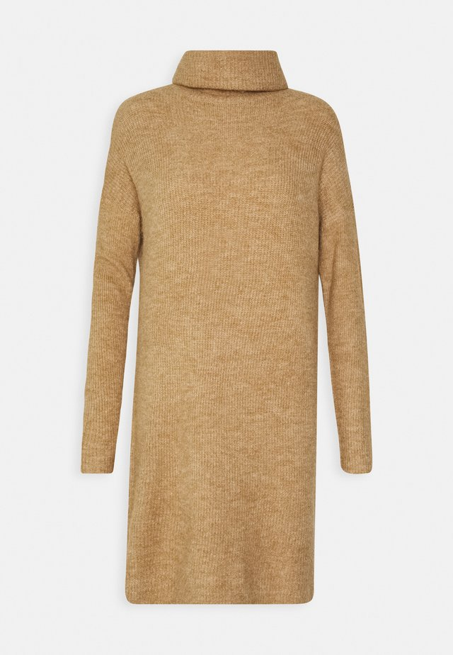 ONLJANA COWLNCK DRESS  - Abito in maglia - indian tan melange