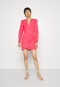Cras - YVONNE CRAS DRESS - Sukienka etui - paradise pink - 1