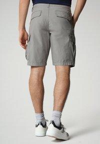 Napapijri - NOTO - Shorts - medium grey solid - 1