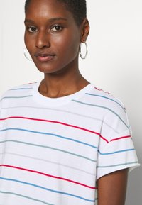 Marc O'Polo DENIM - SHORT SLEEVE A SHAPED DYE STRIPE - Print T-shirt - multi/scandinavian white
