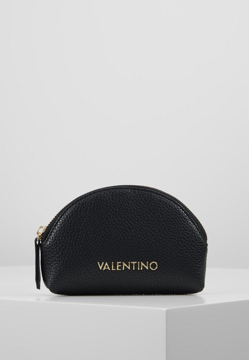 Valentino Bags - SUPERMAN - Wash bag - black