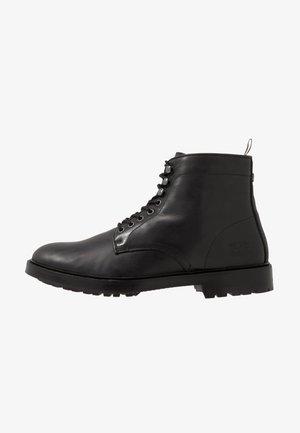 SEABURN - Šněrovací kotníkové boty - black