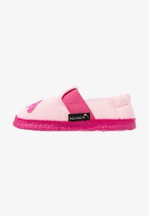 FLAMINGO - Domácí obuv - rosa