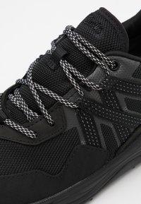 Clarks - TRI PATH TREK GTX - Trainers - black - 5