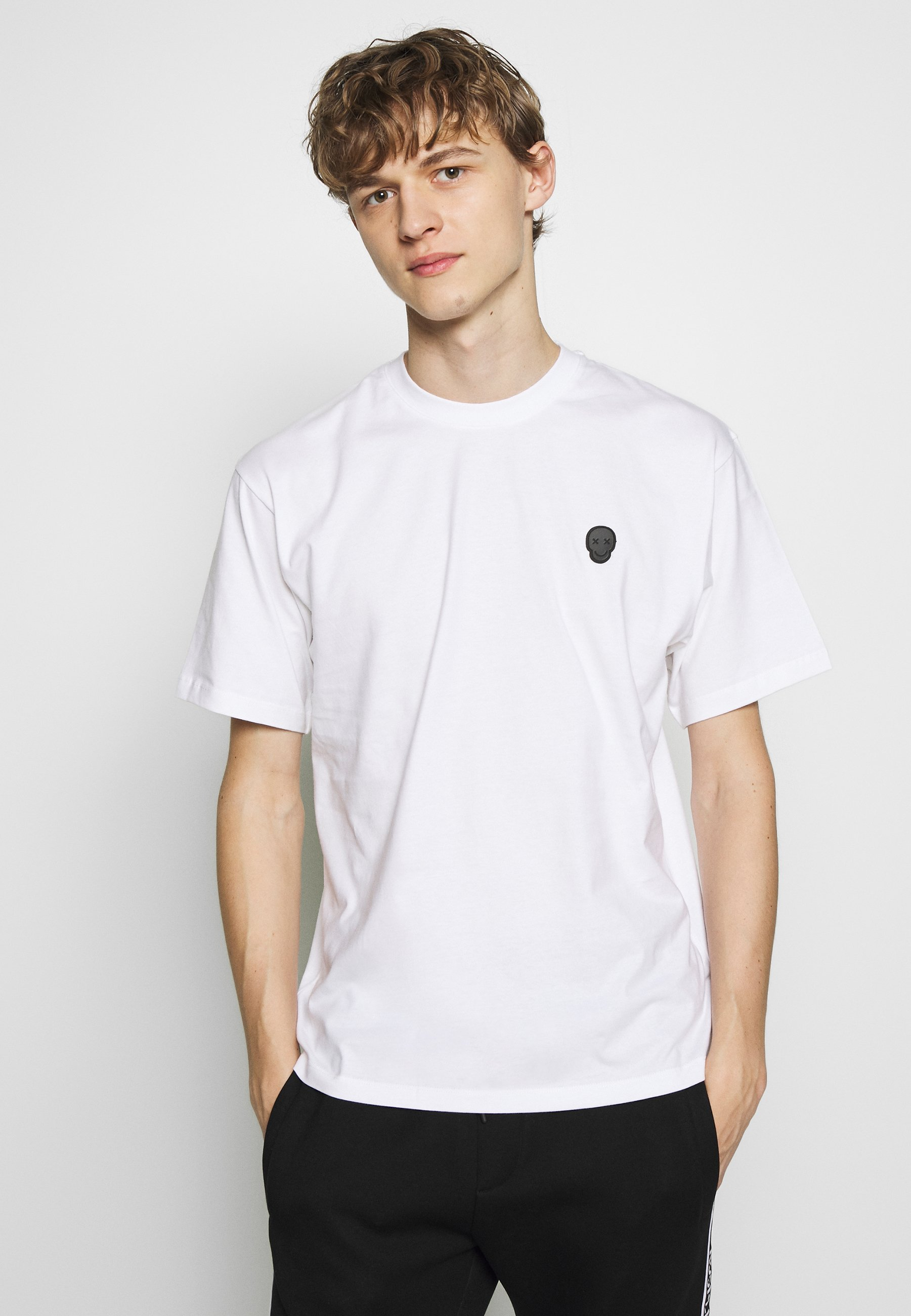 Ograniczony nowy Gorąca wyprzedaż The Kooples SKULL - T-shirt z nadrukiem - white | Odzież męska 2020 vDjgU