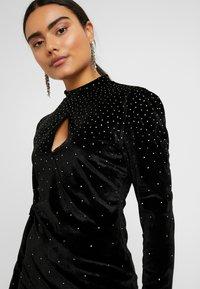 Fashion Union Petite - ROWLER - Shift dress - black - 5