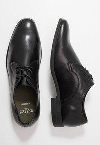 Burton Menswear London - SOURCE FORMAL DERBY - Business sko - black - 1
